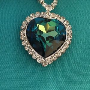 """Jewelry - """"Heart of the Ocean"""" costume necklace"""